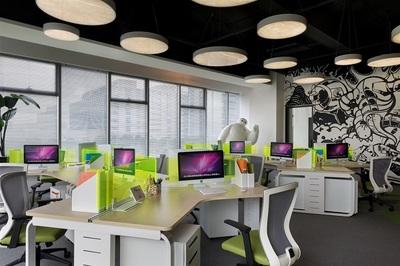 创意互联网科技-700m?办公室装修