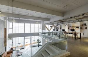 济南亦可传媒学问企业--900m?办公室装修