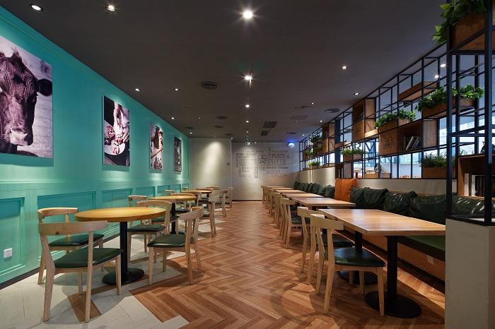 济南中高端餐厅装修设计中的软装技巧.jpg
